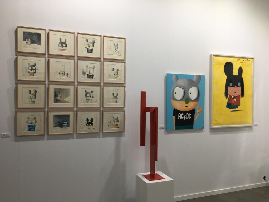 Obras de Edgar Plans en el stand de la galería Marita Segovia © Marina Fertré
