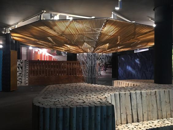 Vista de la exposición Elementos Primarios de Francis Kéré en el Museo ICO © Marina Fertré
